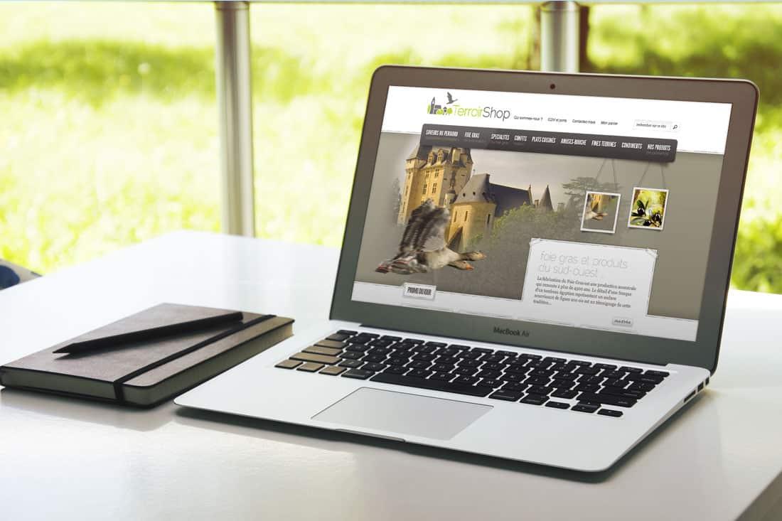 6540defbc58 Création site ecommerce + logo et plaquette 3 volets