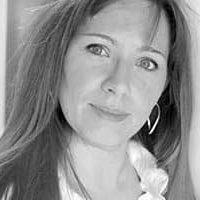 Priscille SANTIAGO, graphiste Freelance